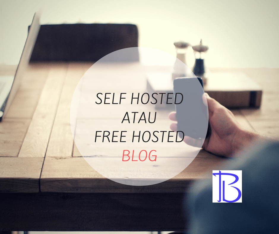 pilih self hosted atau free hosted blog